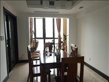 清爽大户型,齐全家私,高尔夫鑫城 2200元/月 3室2厅2卫,3室2厅2卫 精装修