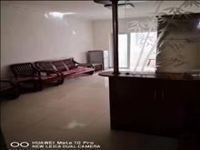 华盛六园 1800元/月 2室2厅1卫,2室2厅1卫 精装修