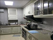 高尔夫鑫城 2800元/月 2室2厅1卫,2室2厅1卫 精装修 ,家电家具齐全随时能看!