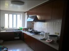 ,香花公寓 2500元/月 3室1厅2卫, 精装修 ,