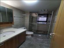 出租 高尔夫鑫城三房二厅二卫精装修3500元