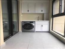 的地段,可直接入住,建发泱著花苑 2800元/月 3室2厅2卫 居家精装修