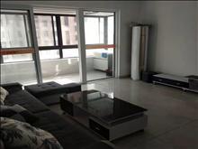 景瑞·望府146平 3200元/月 4室2厅2卫,精装修 ,楼层佳,看房方便