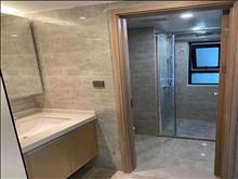 新房出租 云澜天境 精装修3室2厅2卫 2400/月 随时看房