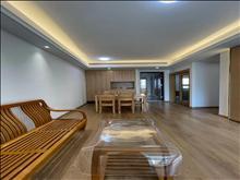 高尔夫鑫城 2800元/月 3室2厅1卫,精装修 ,享受生活的快感!!!