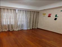 景瑞荣御蓝湾 210万 3室2厅1卫 精装修 的地段,住家舒适!