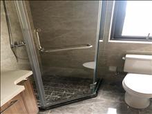 高尔夫鑫城 2800元/月 3室2厅2卫 精装修 ,楼层佳,看房方便
