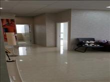 万达公寓 81平 精装修  可办公  电梯好楼层 75万 看房方便