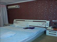 君悦豪庭 1500元/月 1室1厅1卫 精装修 ,家具家电齐全,拎包入住。