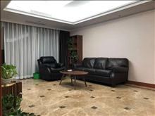 白云花园 1800元/月 2室2厅1卫,2室2厅1卫 精装修 ,楼层好,有匙即看