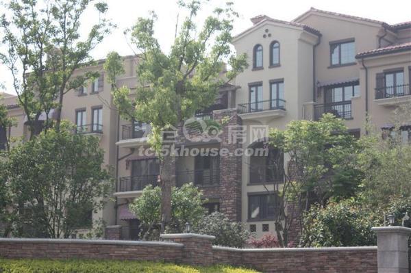 ,房主急售景瑞翡翠湾 290万 5室2厅3卫 豪华装修
