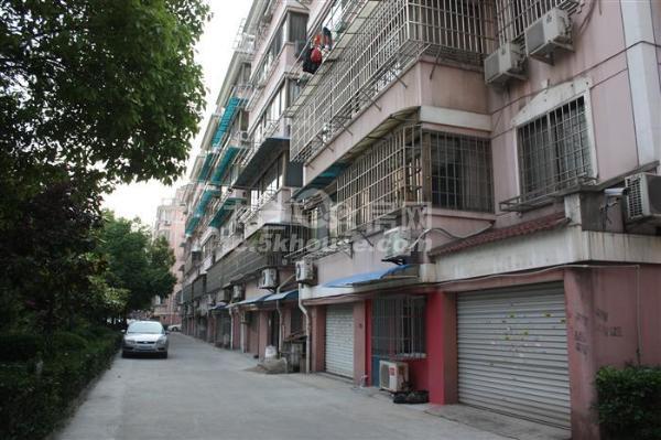 业主抛售,便宜,阳光花苑 213万 3室2厅2卫 精装修 都在