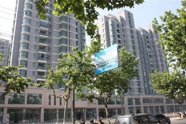 新挂牌上海花园,中区两房精装修,南北通户型,拎包入住,置换急售