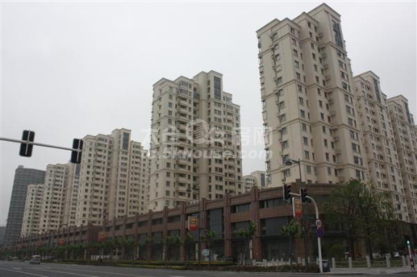 又上了套好房子!滨河花园141平 290万 3室2厅2卫 豪华装修