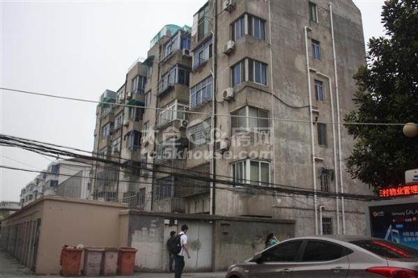 出售,惠阳三村,低于市场价20,学区都在,三开间朝南,中间楼层,仅此一套