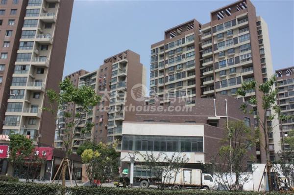小高层,中上楼层,有钥匙,天熙公寓84平2室2厅1卫毛坯110万