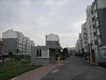 坐看假山美景,上海春天 80万 2室1厅1卫 简单装修 ,看花园的中心