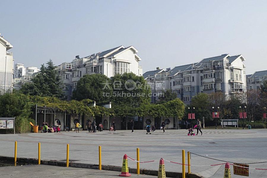 大庆锦绣新城 170万 3室2厅2卫 毛坯 业主急售!