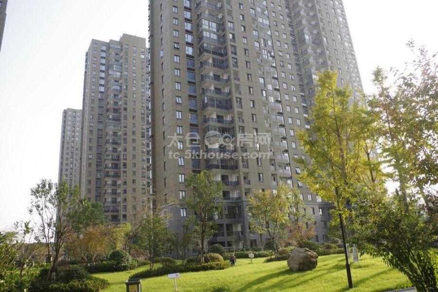 房主出售盛世壹品 中间楼层225万 4室2厅2卫 毛坯 ,潜力超低价