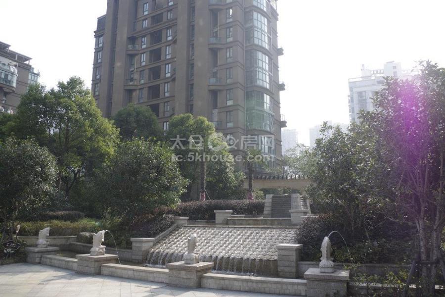 浙建太和丽都二期 355万 4室2厅2卫 豪华装修 成熟社区,交通便利,