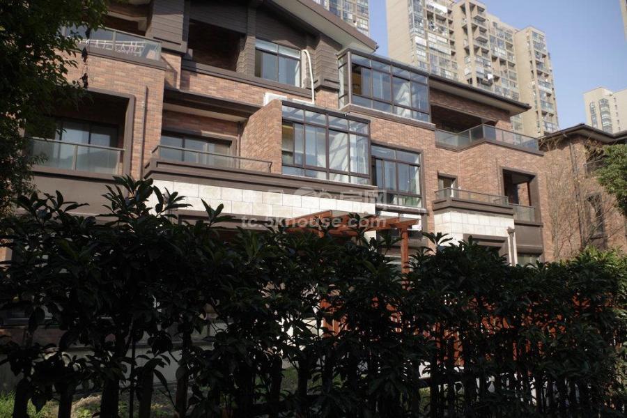 博海尚城 2500元/月 3室1厅1卫 豪华装修 ,白领打工族快来看啊!