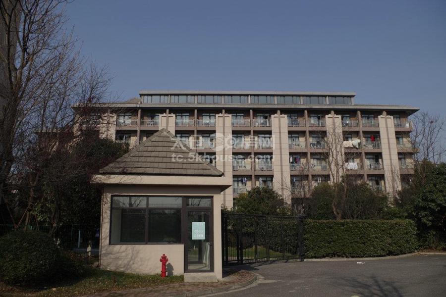 嘉宝港区菁英公寓