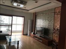 大社区,生活交通方便,碧桂园时代城 3000元/月 3室2厅2卫,3室2厅2卫 精装修