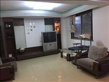 吴模苑精装修复式1+2带汽车库一楼带院子四室2800每月实拍