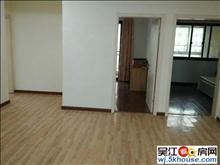 万宝旁边,长安府简装5室,都有空调,半年付,看房有钥匙!!!
