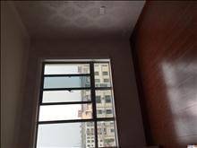 平望通运西路幼儿园附近4楼,58平方,公用自行车库。32万