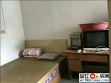 镇东新村2室一厅简单装修,可短租民用水电 民用水电!