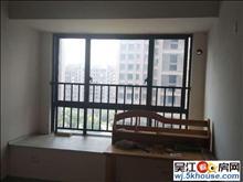 绿地太湖城 两室两厅一卫简装 生活基本用品齐全 采光无遮