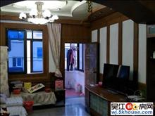 出租镇东新村2室2厅也可以做3室 中装2万1年 采光好