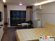 龙河花园车库 720元 1室1厅1卫 精装修,依山傍水,风景