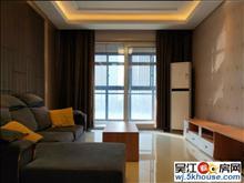 明珠城望湖苑,精装两房,紧邻地铁口,家居家电齐全,拎包入住