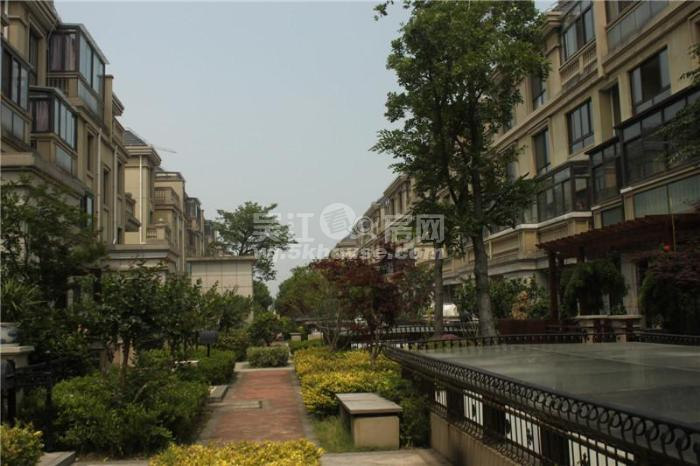 底价出售,丽湾域 140万 2室2厅1卫 豪华装修 ,买过来绝对值!
