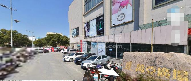 万亚广场旁 正大百货2楼商铺出售 51平 75万